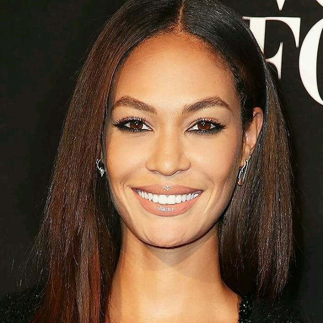 Make esfumado Joan Smalls