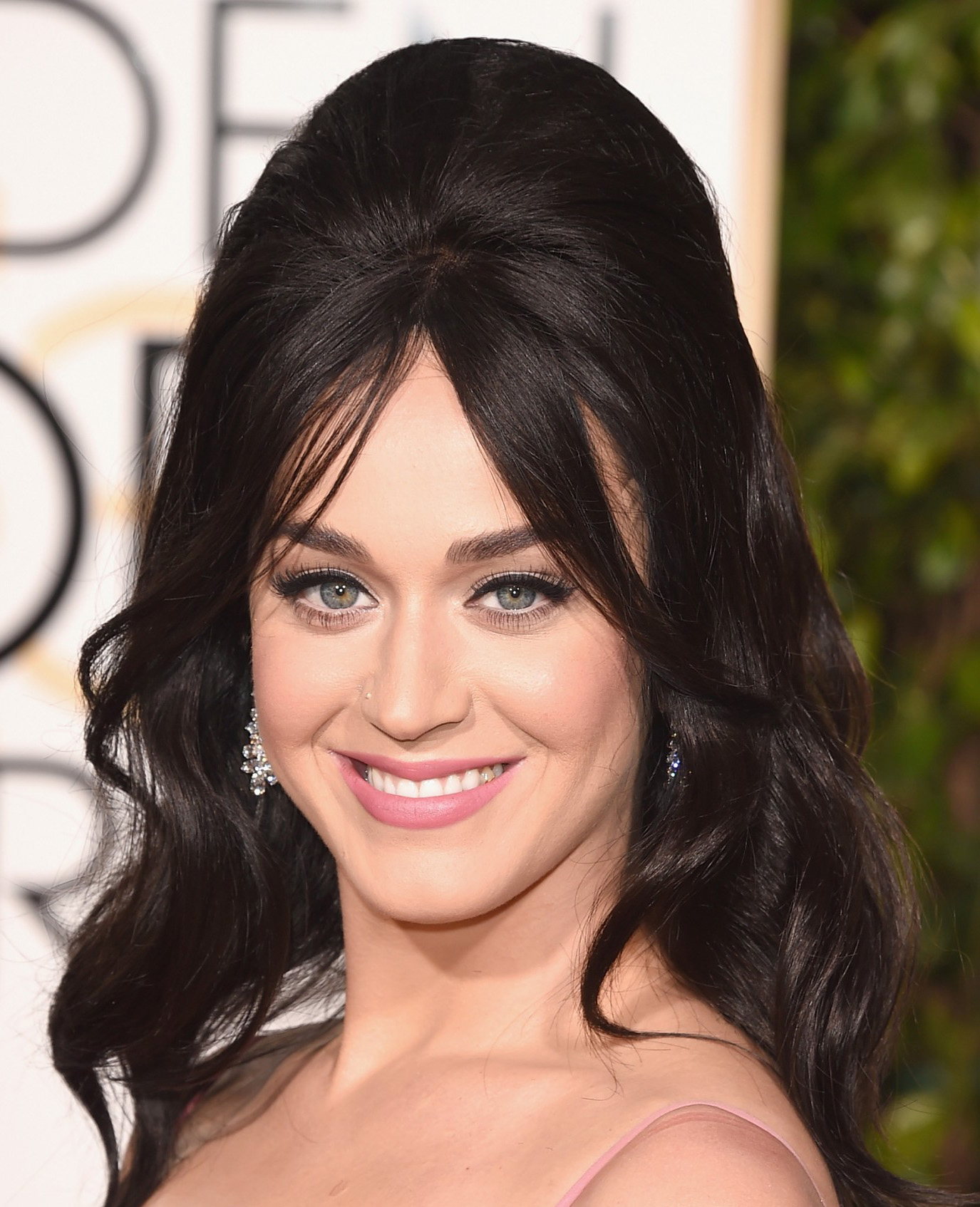 60s hairstyle Katy Perry