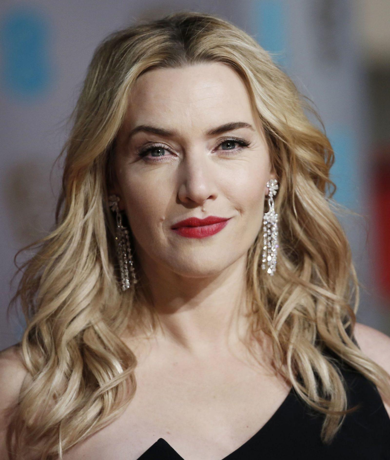 Make batom vermelho Kate Winslet Bafta 2016