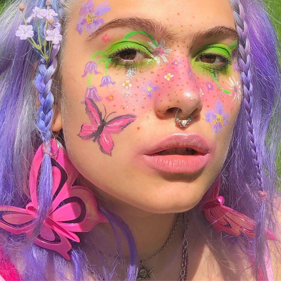 tendencia fairycore aesthetic borboleta bochecha