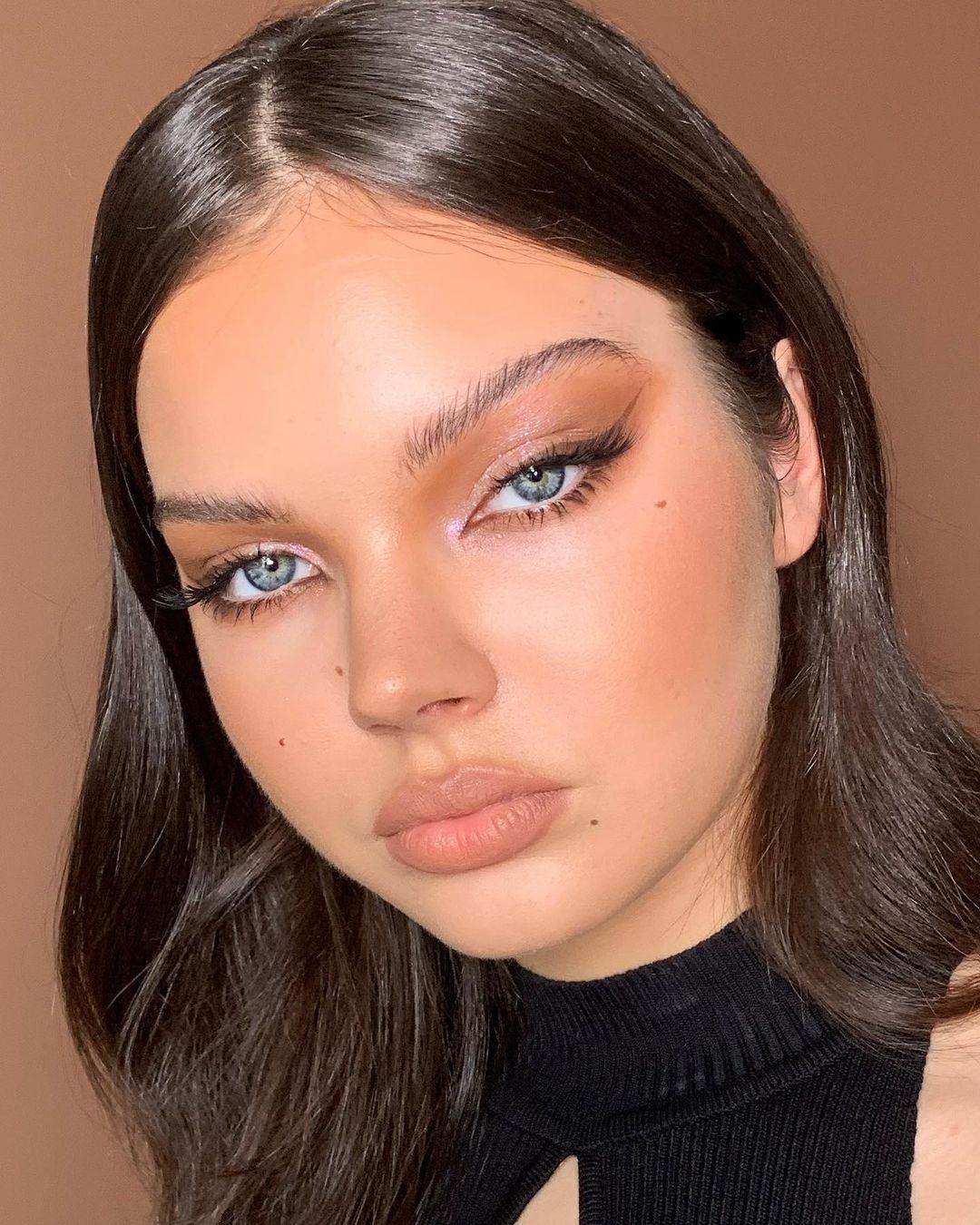 maquiagem para ter sobrancelhas naturais